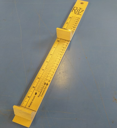 foot measuring device